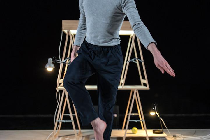 Delle ultime visioni cutanee / Nicola Galli / ph Andrea Macchia / TIR Danza
