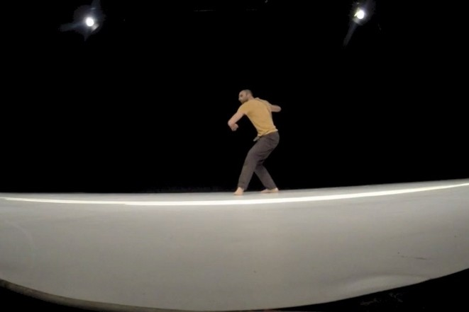 Manfredi Perego / Dialogo a 3 con la molecola d'aria / TIR Danza