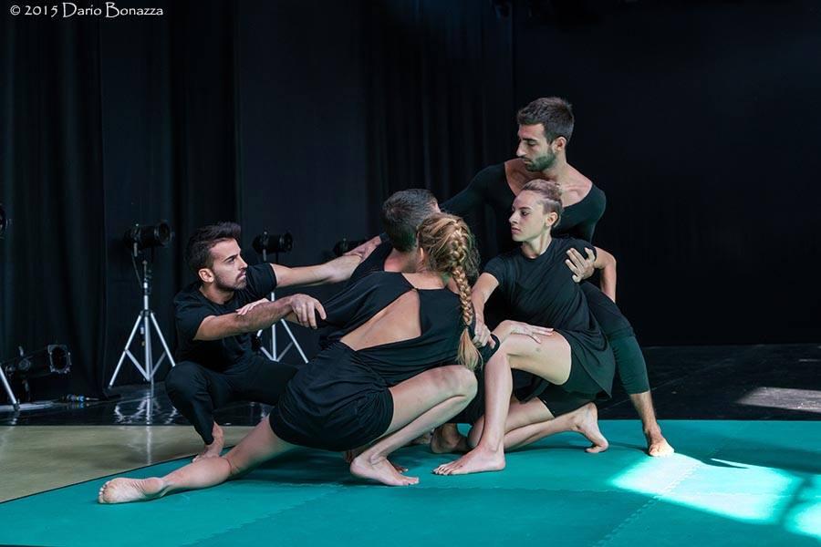 Non finito a sei voci / Riccardo Buscarini / TIR Danza / ph. Dario Bonazza
