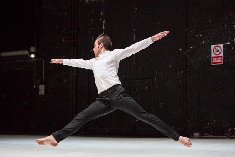 Riccardo Buscarini / 10 tracce_buscarini / ph. Marco Caselli Nirmal / TIR Danza